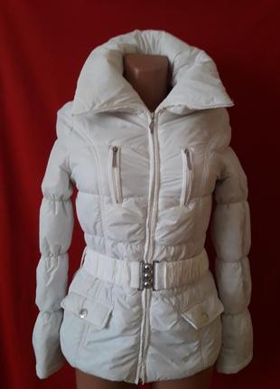 Демисезонная куртка фирмы tally weijl p. xs