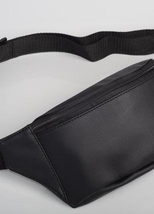 Чёрная женская бананка сумка на пояс