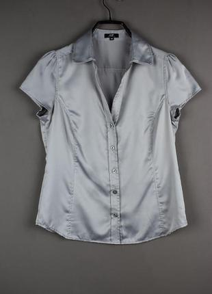 Очень красивая атласная блуза