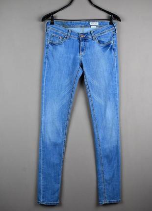 Очень стильные голубые джинсы скинни от h&m