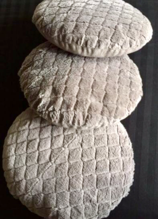 Мягкие подушки для изголовья