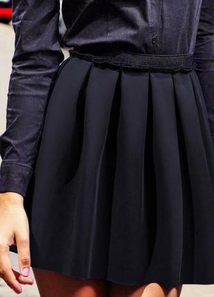 Черная пышная мини юбка солнце неподшитые края