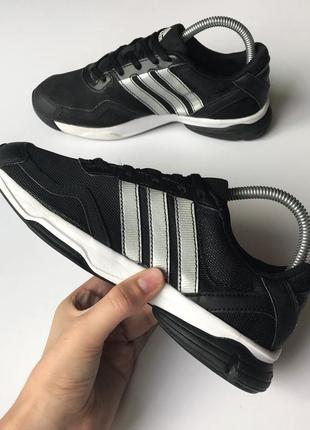 Спортивные кроссовки adidas sumbrah original 38 размер беговые чёрные женские