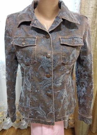 Супер пиджак, котоновый ,красивый , качественный.
