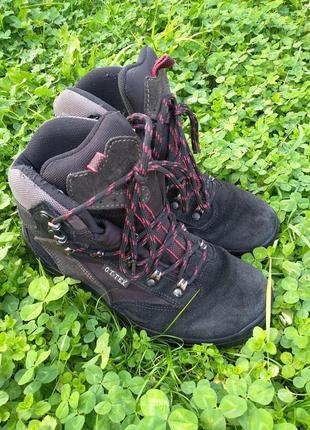 Ботинки замшевые , черевики замшеві 38р g.t. tex