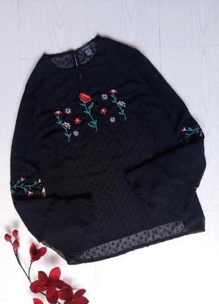 Блузка с вышивкой primark