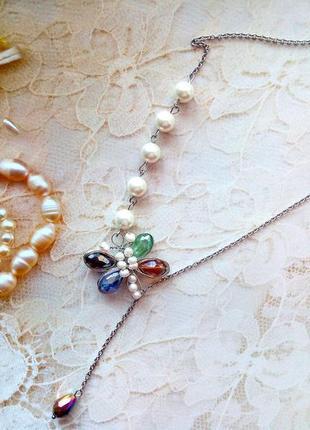 Нежное и романтичное колье из натурального жемчуга и кристаллов сваровски