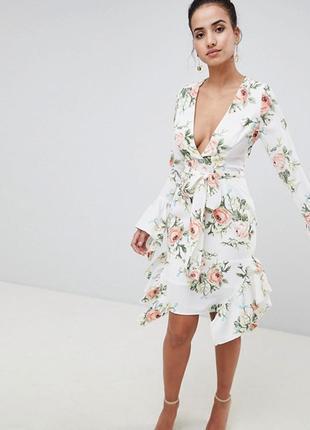 Новое платье prettylittlething