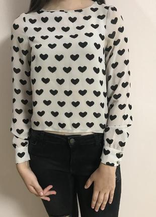 Блуза в сердечка