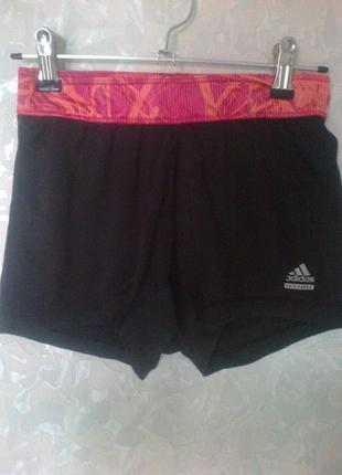Спортивные шорты-плавки для активного юного джентльмена