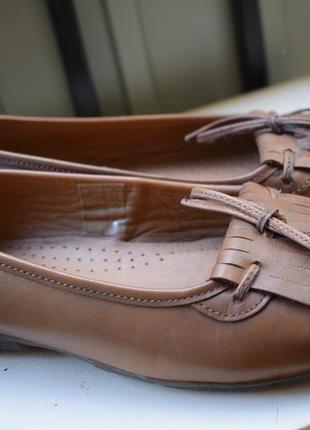 Кожаные туфли лоферы с киточками р.5 на р.38 25 см pavers англия