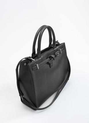 Черная сумка со съемным ремнем