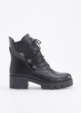Черные ботинки на толстой подошве, 36-40