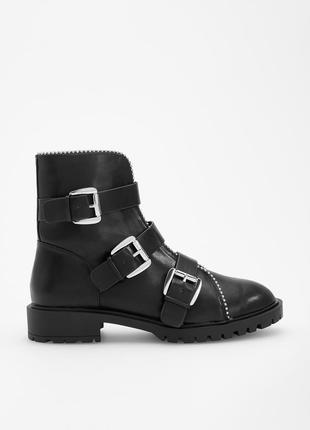 Черные ботинки с пряжками, 36-40