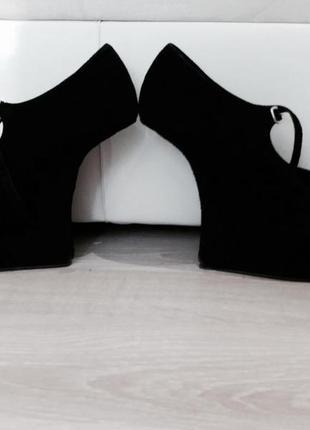 Новенькие туфельки от blossem;уместен торг!пишите