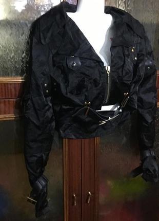 Курточка -топ короткая черная куртка