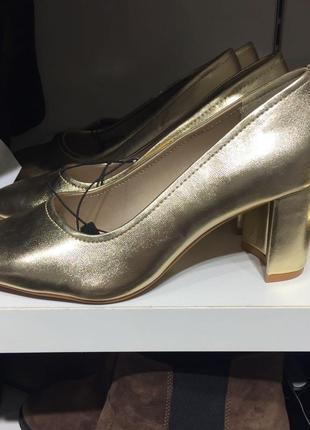 Золотые туфли h&m