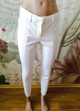 Стильные брюки  от river island