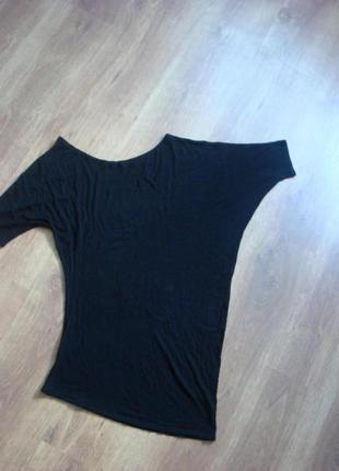 Очень асиметричная футболка bershka