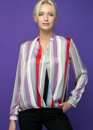 Интересная блуза с запахом и мягкими складками