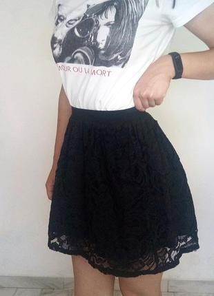 Черная кружевная юбка