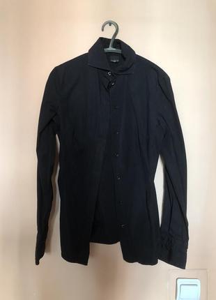 Чёрная женская брендовая рубашка gianfranco ferre