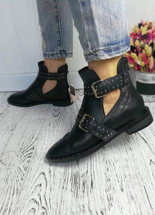 Новые чёрные кожаные ботинки stradivarius размер 36, 37, 38, 39, 40, 41