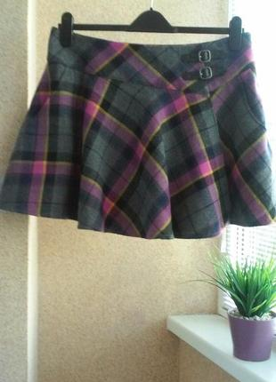 Утепленная юбка мини с запахом из 100% шерсти в клетку на подкладке