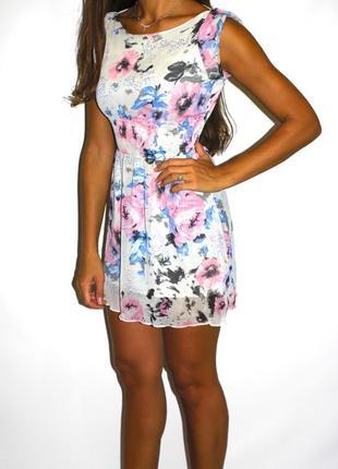 Шифоновое платье в цветах, на низкий рост -- большой выбор платьев --