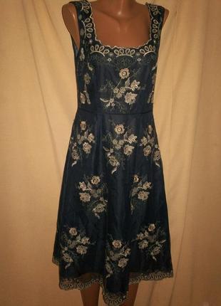 Красивое платье с вышивкой monsoon р-р10