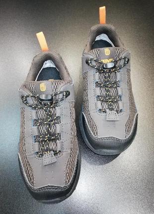 Кроссовки демисезонные teva с мембр. waterproof, р. 27 (17,7см), 28 (18,3см), 29 (19,1см)