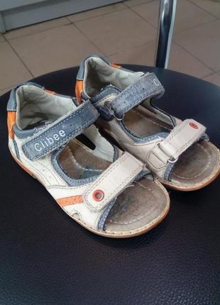 Кожаные сандалики на мальчика