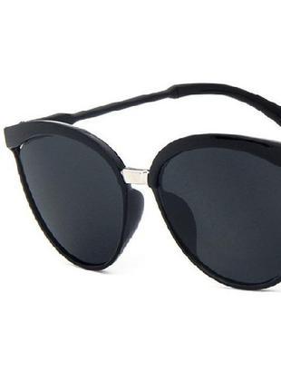 Черные солнцезащитные женские очки кошечки cat eye