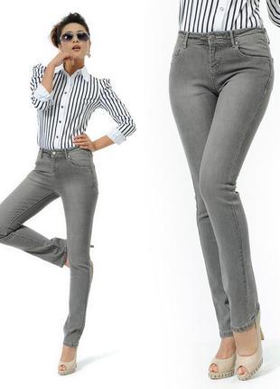 1 1=3 серые джинсы