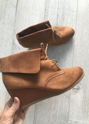 Ботинки на платформі осінні деми демі сезонні