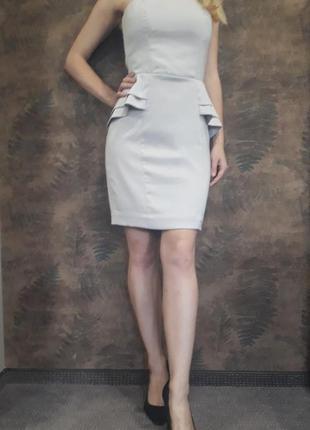 Коктейльное платье с оборками