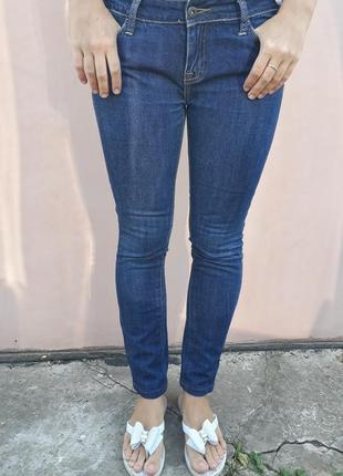 Прочные джинсы от zoo york