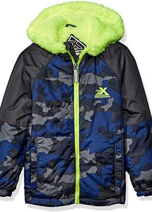 Демисезонная курточка на мальчика 2-3 года