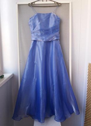 Красивенное нарядное платье