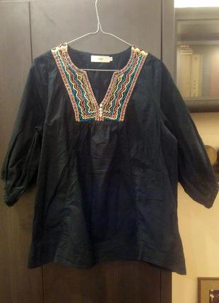 Стильная блуза с вышивкой большой размер