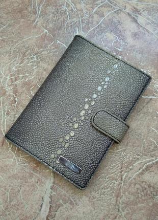 Кожаная обложка от neri karra для документов + паспорта +прав