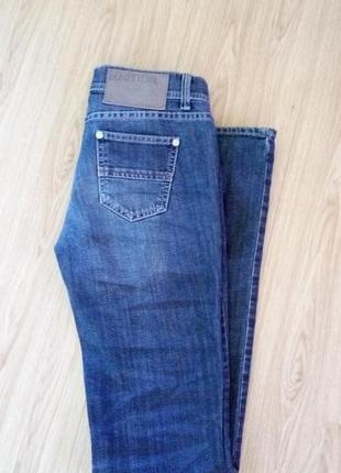 Стильные джинсы ,скини benetton