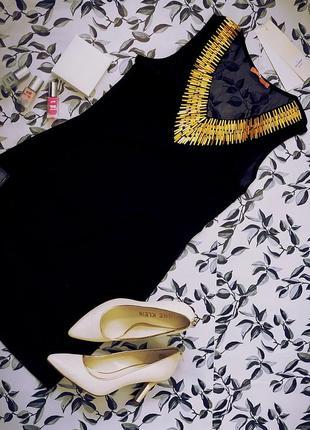 Маленькое черное платье с золотистым воротником my se италия
