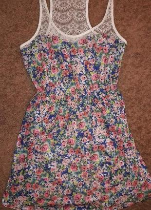 Платье bershka.