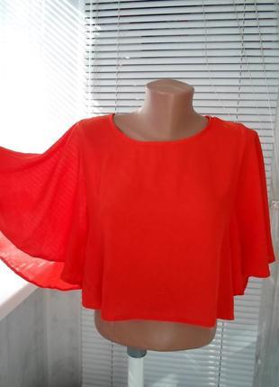 Яркая  укороченная блуза