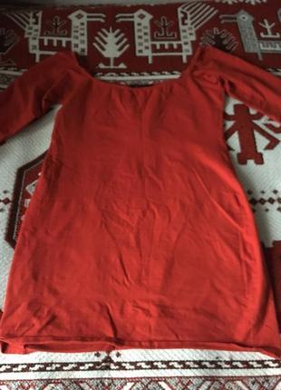 Сексі-сукня червоного кольору