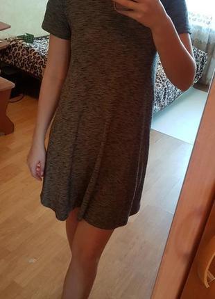Платье миди ( трапеция)
