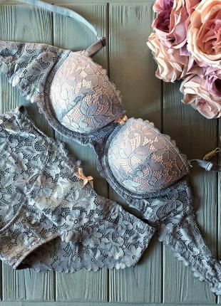 Нежный кружевной  комплект белья от weiyesi