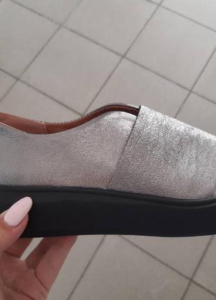 Кожаные слипоны балетки туфли