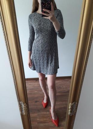Классное серое платье, идеально на осень new look рр.8